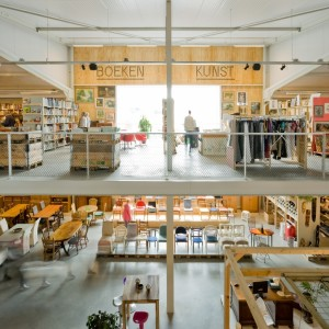 Kringloopwinkel Rataplan Generatorstraat boeken & kunst