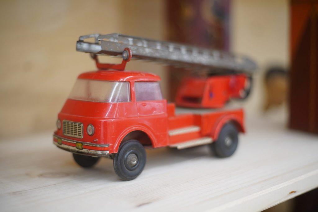 Tweedehands brandweerauto Kringloopwinkel RataPlan